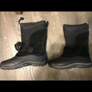LL Bean Snow Boots - fits women's 6.5
